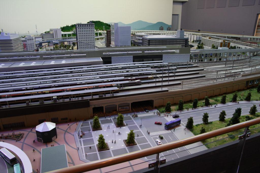 ジオラマの駅