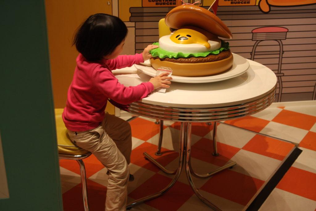 ぐで寿司とぐでバーガー